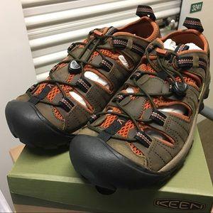KEEN Arroyo II Hiker Shoe